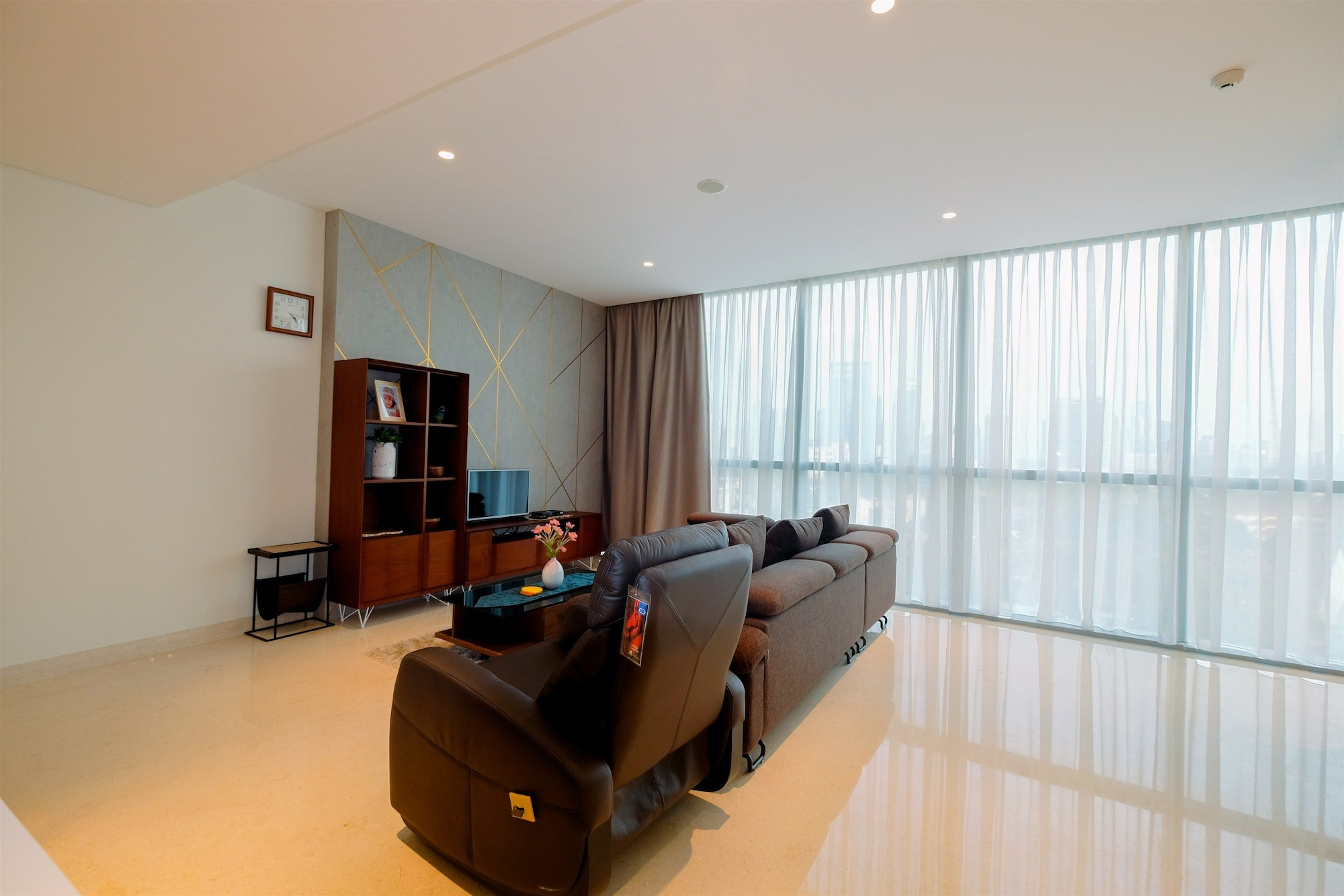Classy 2BR Casa Domaine Apartment with Maid Room, Jakarta Pusat