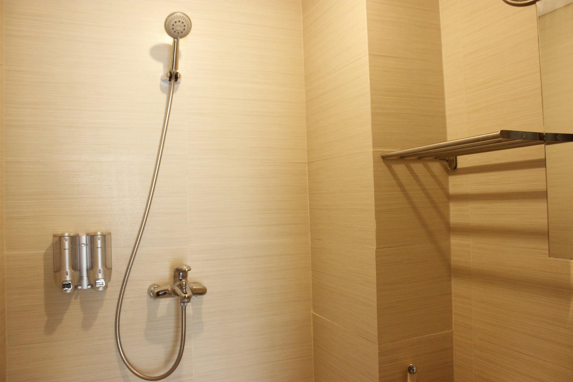 Exquisite 1BR Apartment at Gateway Pasteur, Cimahi