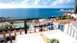 Apartment With one Bedroom in Bajamar, With Wonderful sea View, Pool A