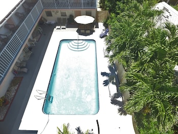 Beachside Gardens Suites
