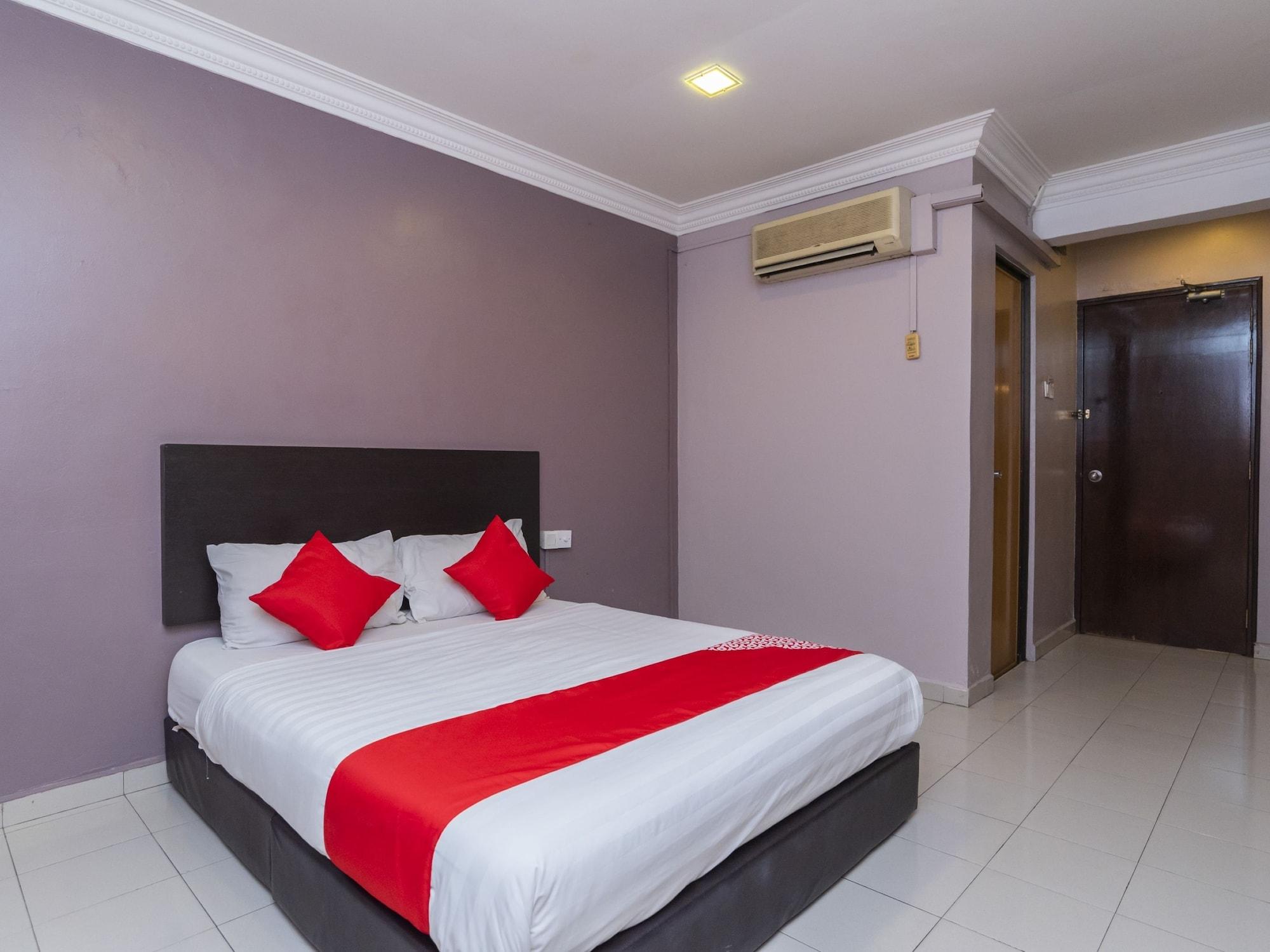 OYO 44027 Golden Horse Hotel, Johor Bahru