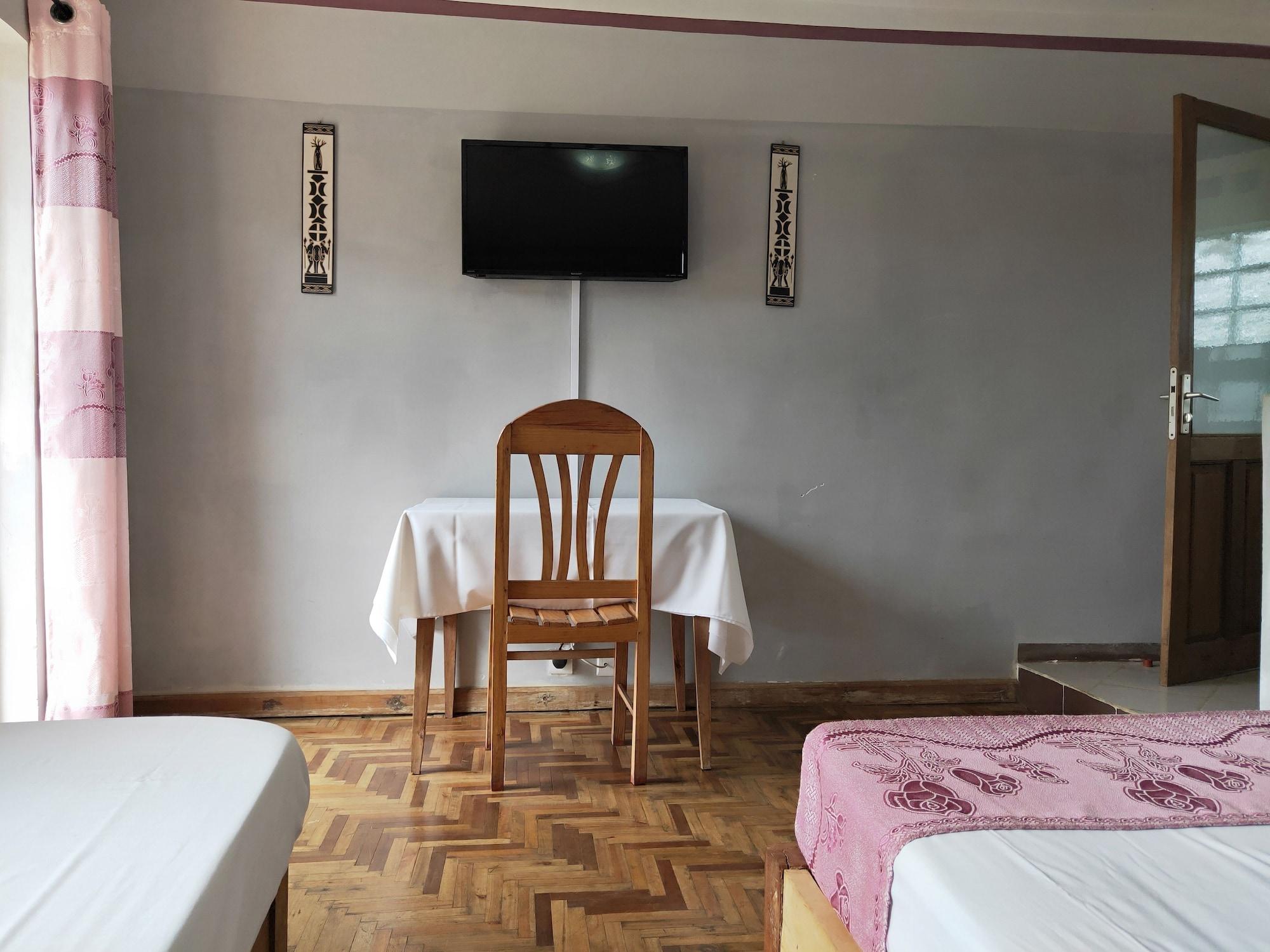 Analamazaotra Hotel, Alaotra-Mangoro