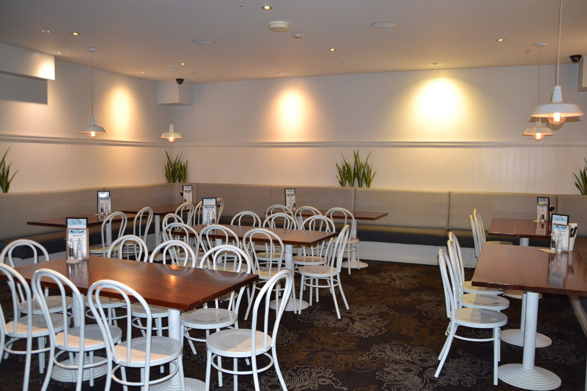 Coniston Hotel Wollongong, Wollongong - Inner