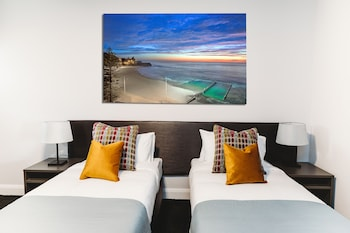 卧龍崗科尼斯頓飯店 Coniston Hotel Wollongong
