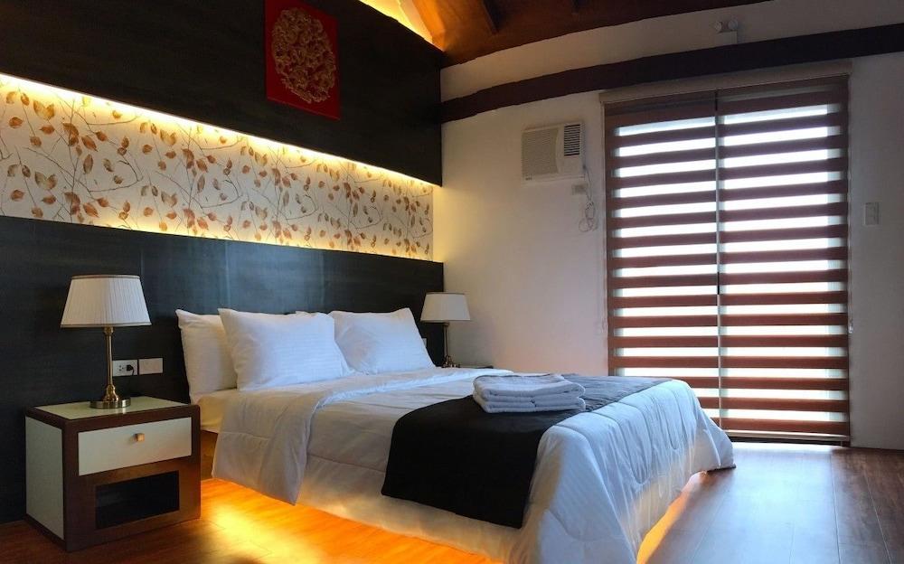https://i.travelapi.com/hotels/39000000/38980000/38972100/38972014/ed051c13_z.jpg
