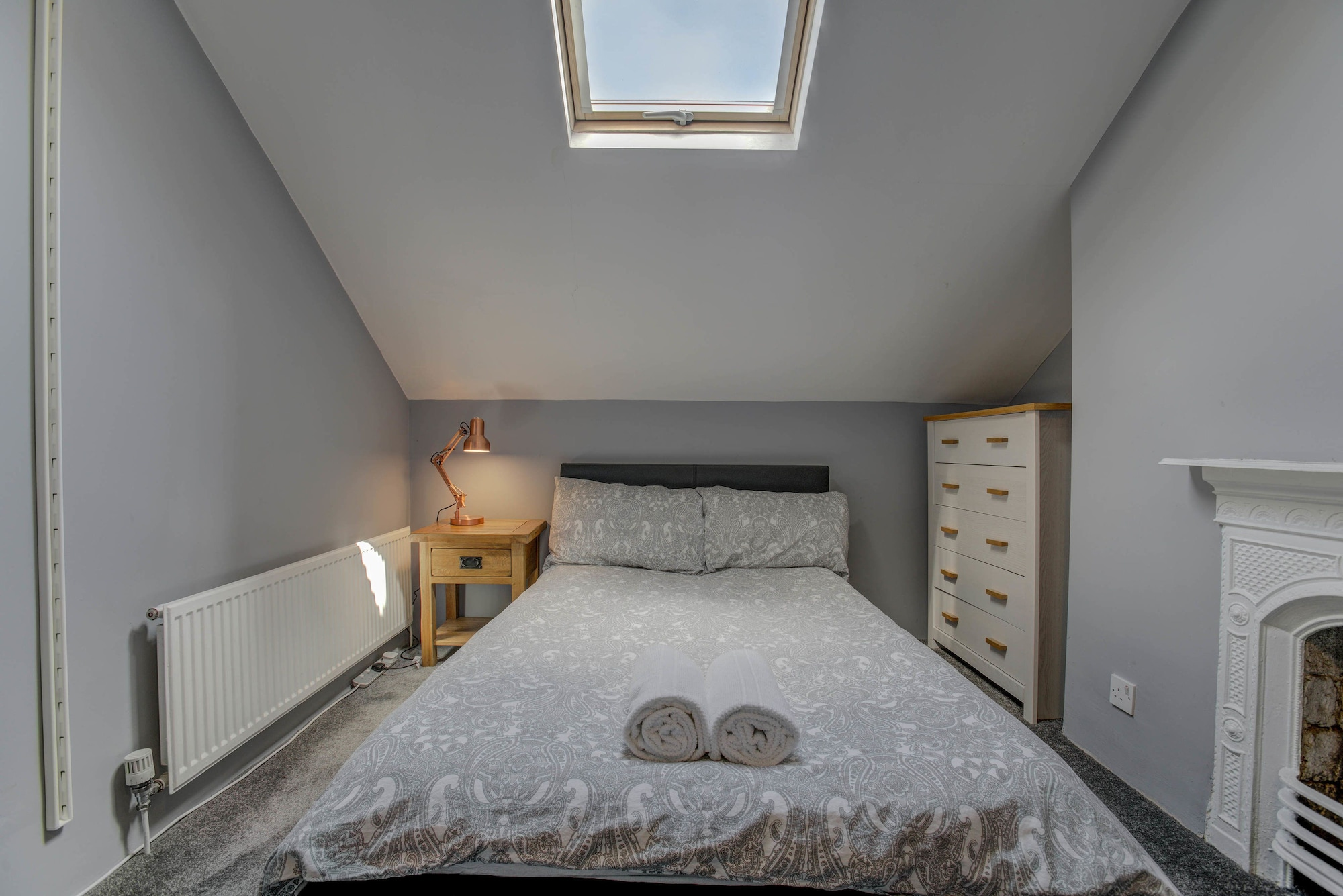 Characterful Self-Catering Townhouse (Levenshulme), Stockport