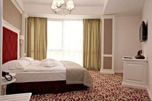 . Bellaria Hotel