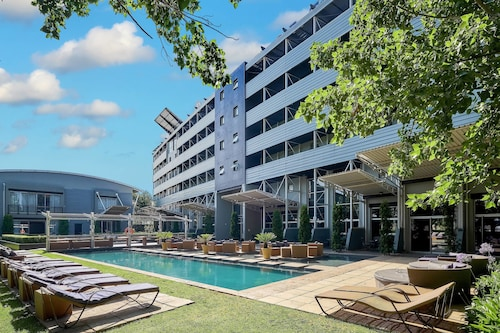 . Protea Hotel by Marriott O.R. Tambo Airport