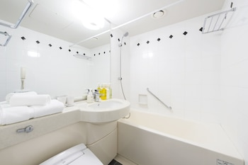 HOTEL VILLA FONTAINE TOKYO-SHIODOME Bathroom