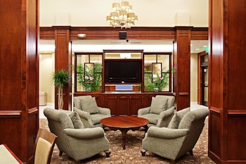 Lobby at Holiday Inn Express & Suites Mt. Pleasant in Mount Pleasant