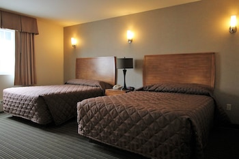 Suite, 2 Queen Beds, Jetted Tub