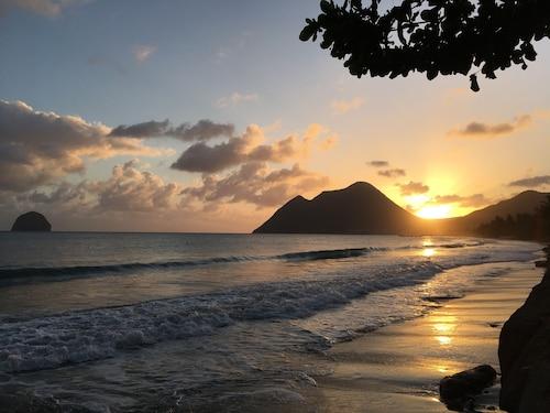 Diamant Beach, Le Diamant