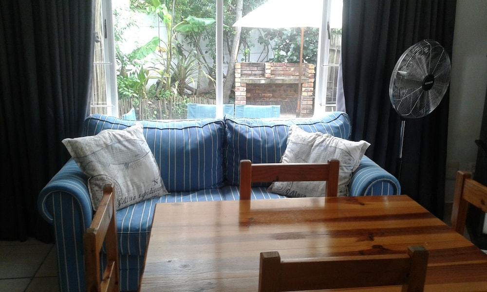 라 보헴 베드 앤드 브렉퍼스트(La Boheme Bed and Breakfast) Hotel Image 10 - Guestroom