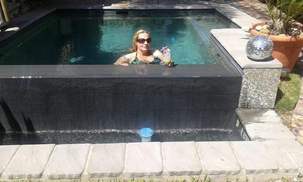 라 보헴 베드 앤드 브렉퍼스트(La Boheme Bed and Breakfast) Hotel Image 43 - Outdoor Pool