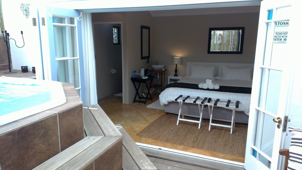 라 보헴 베드 앤드 브렉퍼스트(La Boheme Bed and Breakfast) Hotel Image 40 - Guestroom