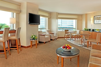 DC Suburbs Vacations - The Westin Washington Dulles Airport - Property Image 1