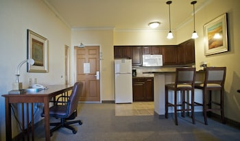 Room, 1 King Bed, Accessible, Kitchen (Hearing, Mobility, Bathtub)