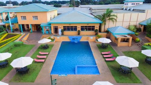. Crossroads Hotel Lilongwe