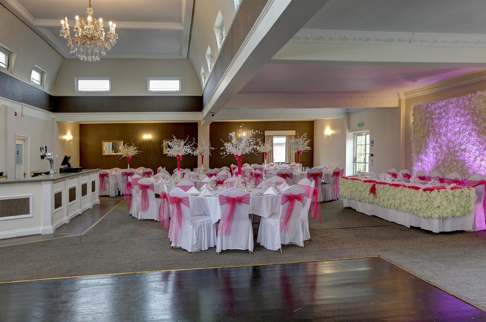 베스트 웨스턴 터록 호텔(Best Western Thurrock Hotel) Hotel Image 39 - Indoor Wedding