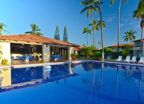 . Cabo Blanco Hotel & Marina