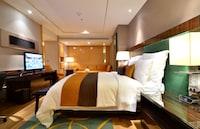 Club Suite, 1 Bedroom, Business Lounge Access (Renaissance Suite)