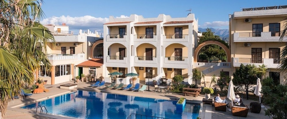 Nireas Hotel, Featured Image