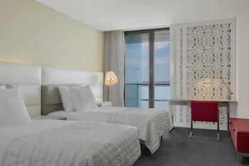 Le Méridien Oran Hotel & Conve..