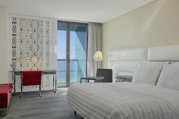 Premium Room, 1 Queen Bed, Non Smoking