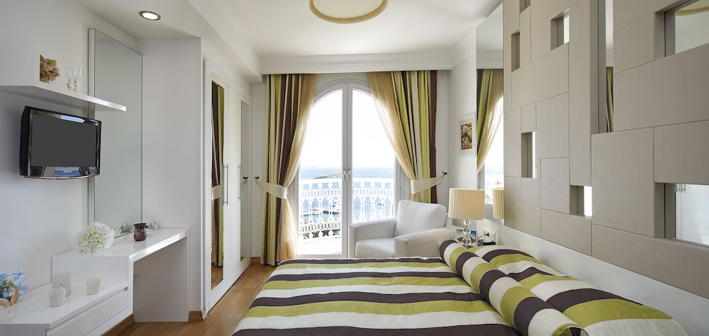 Suite, Sea View ( Detox Package)