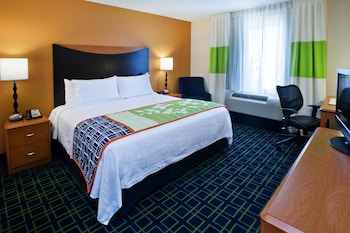 Albany Vacations - Fairfield Inn & Suites Albany - Property Image 1
