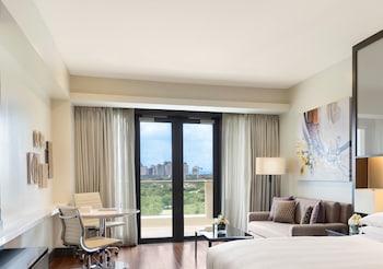 Marriott Hotel Manila Room