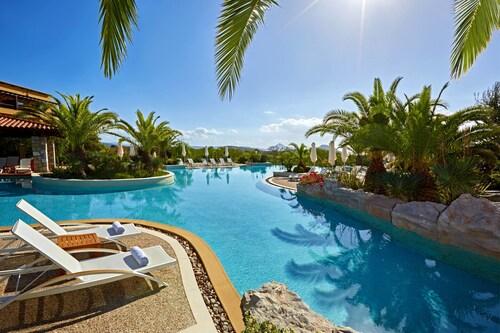 . The Westin Resort, Costa Navarino