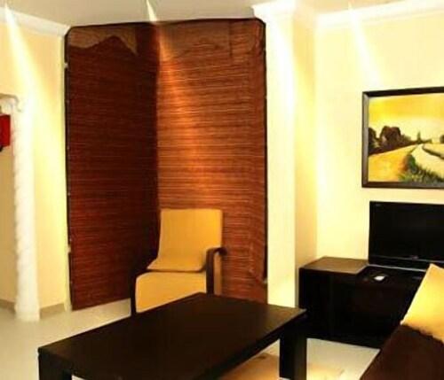 Lavilla Hotel,