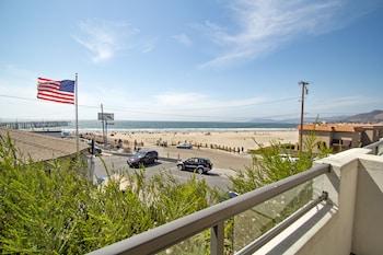 Hotel - Beach House Inn & Suites
