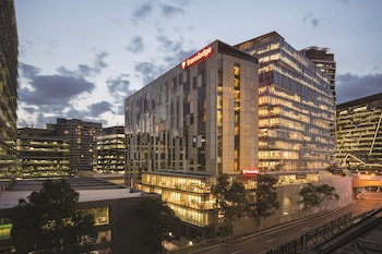 Hotel - Travelodge Hotel Melbourne Docklands