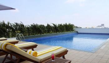 Hotel - Lemon Tree Hotel, Electronics City - Bengaluru