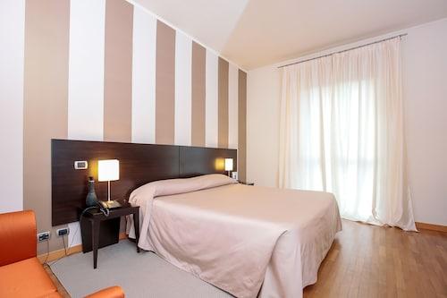 . Hotel Aleramo