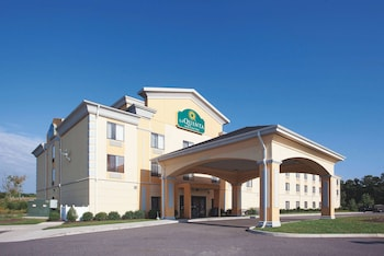 Hotel - La Quinta Inn & Suites by Wyndham Richmond - Kings Dominion