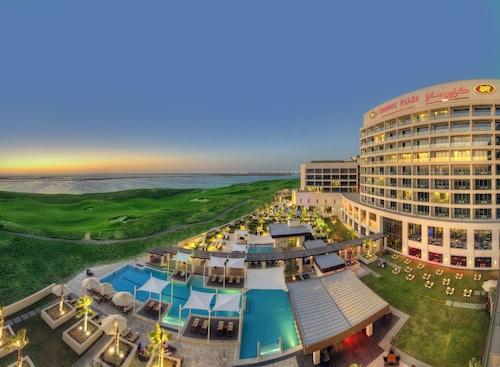 . Crowne Plaza Abu Dhabi Yas Island