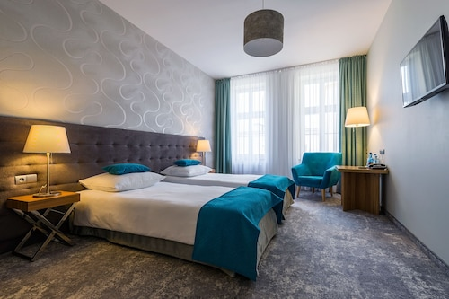 Patio Hotel, Środa Śląska