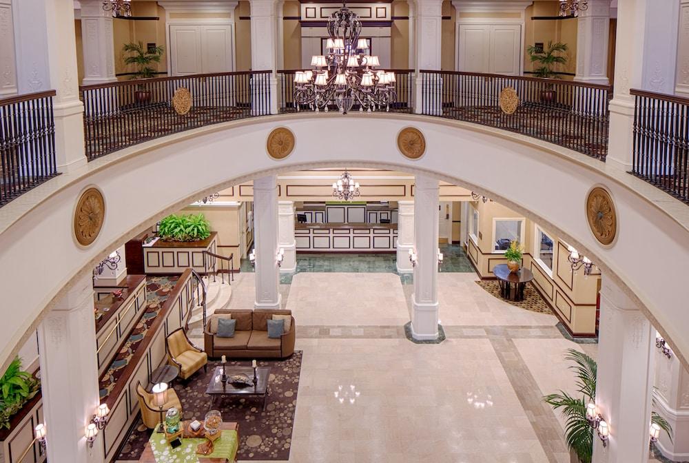 Photo of lobby at Hilton Garden Inn Jackson Downtown in Jackson, MS