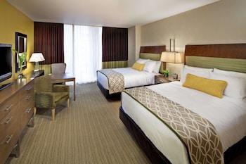 Room, 2 Queen Beds, River View (Fairmont Room)
