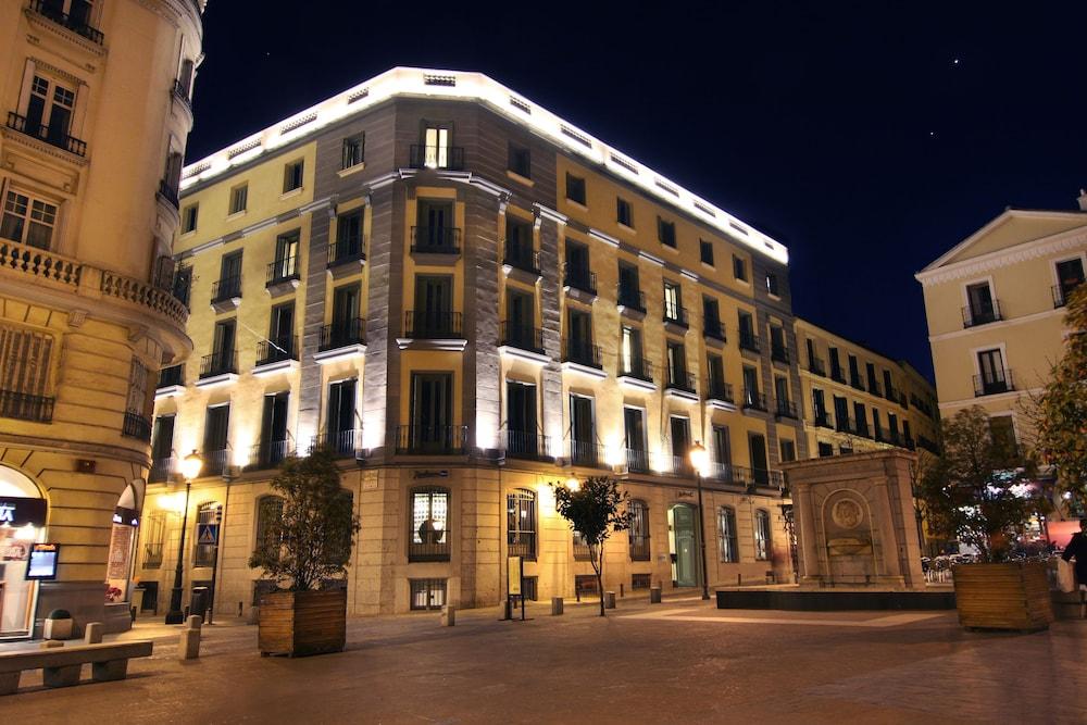 ラディソン ブル ホテル、マドリッド プラド