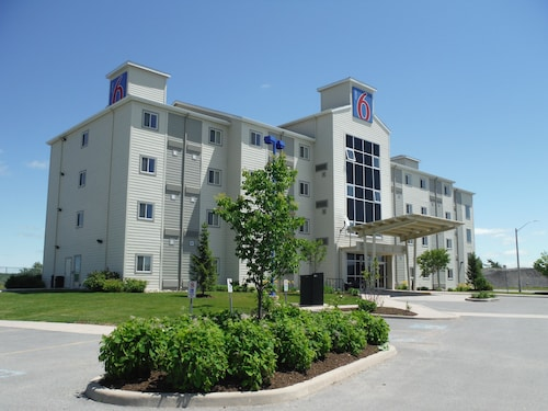 Motel 6 Kingston, Frontenac
