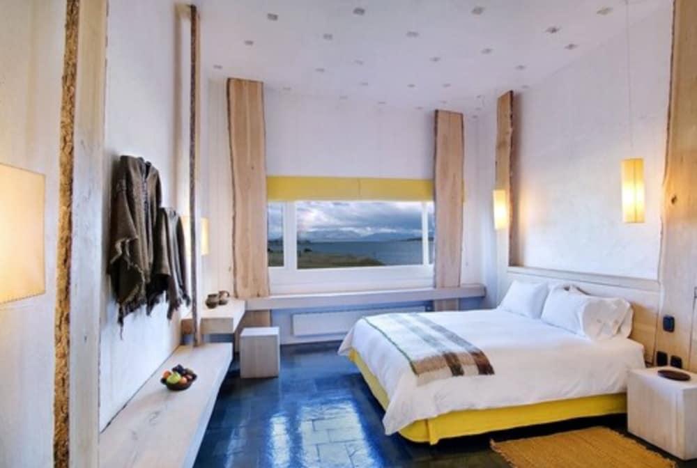 https://i.travelapi.com/hotels/4000000/3070000/3066900/3066849/10e5f7d4_z.jpg