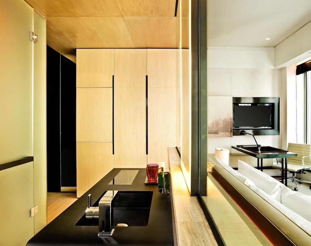 https://i.travelapi.com/hotels/4000000/3080000/3077700/3077663/2ac69b86_z.jpg