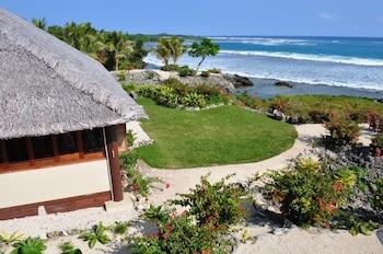 White Grass Ocean Resort - Featured Image