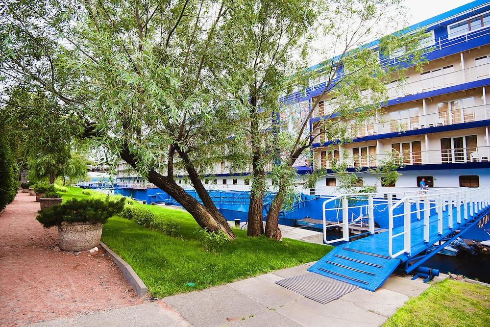 Отель Bakkara