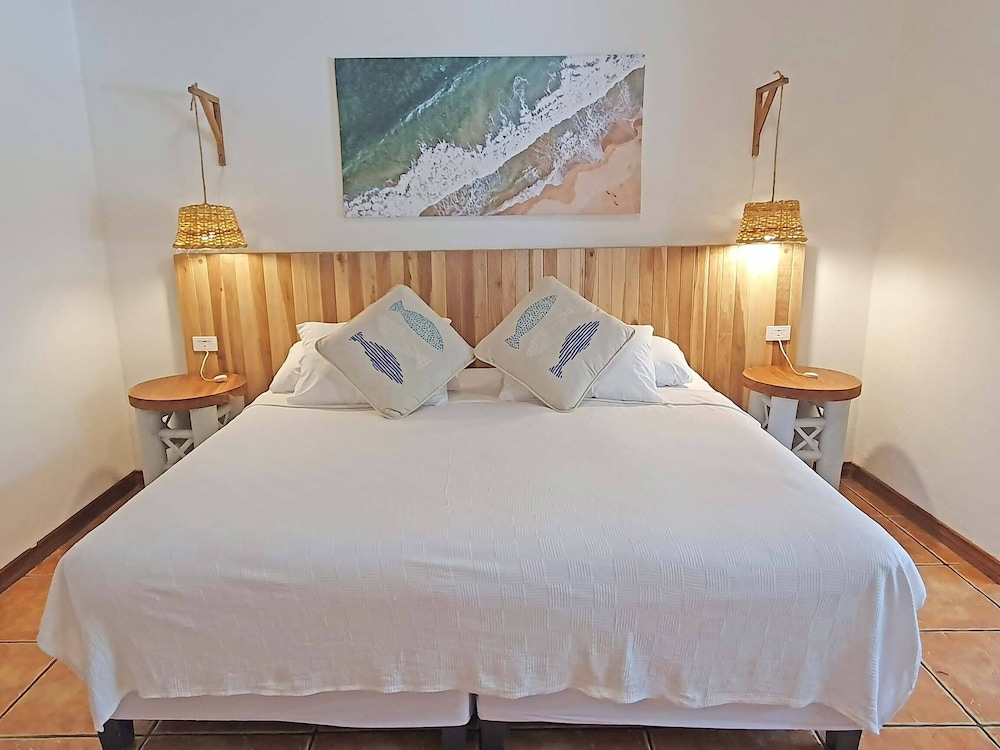 https://i.travelapi.com/hotels/4000000/3090000/3088100/3088090/45e22ddb_z.jpg