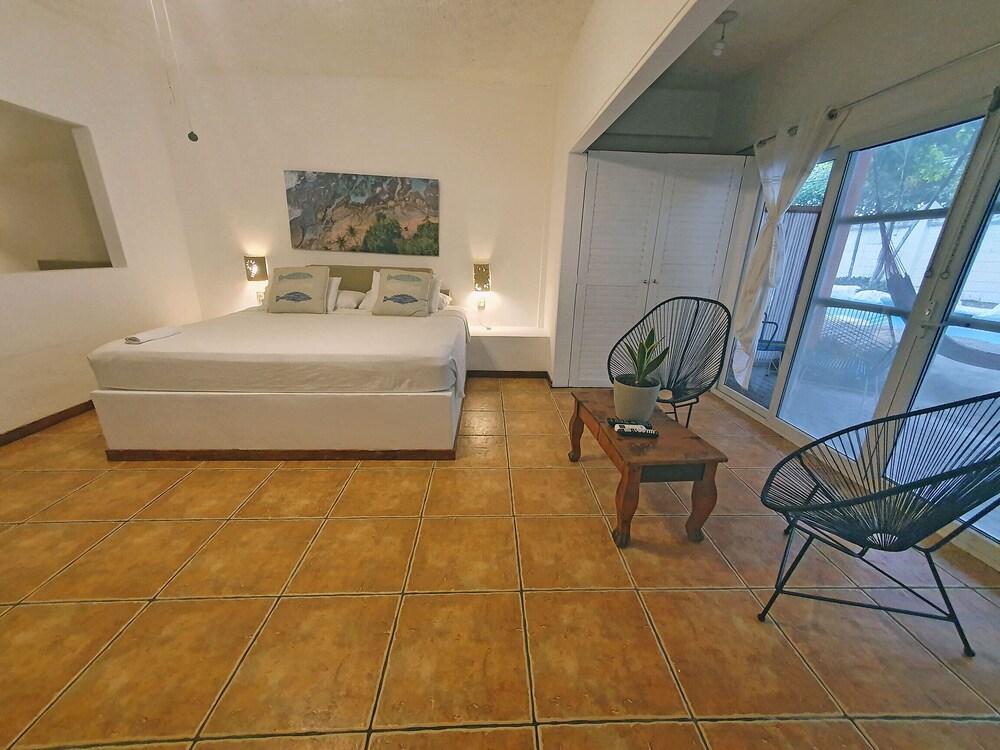 https://i.travelapi.com/hotels/4000000/3090000/3088100/3088090/682862a9_z.jpg